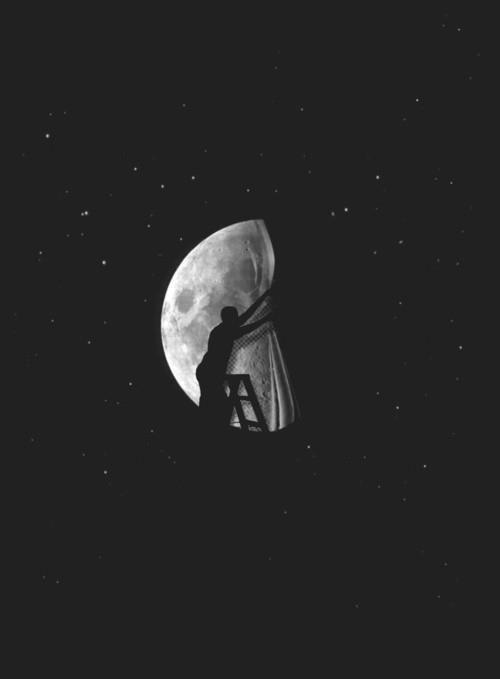 Moon waxing and waning