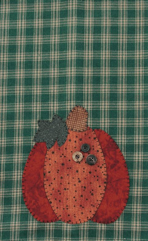 P05 Pumpkin Patternlet- fall tea towel pattern using fusible applique and buttons