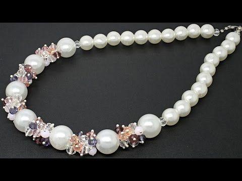 Красивое колье из акриловых и стеклянных бусин DIY Necklace from crystal...