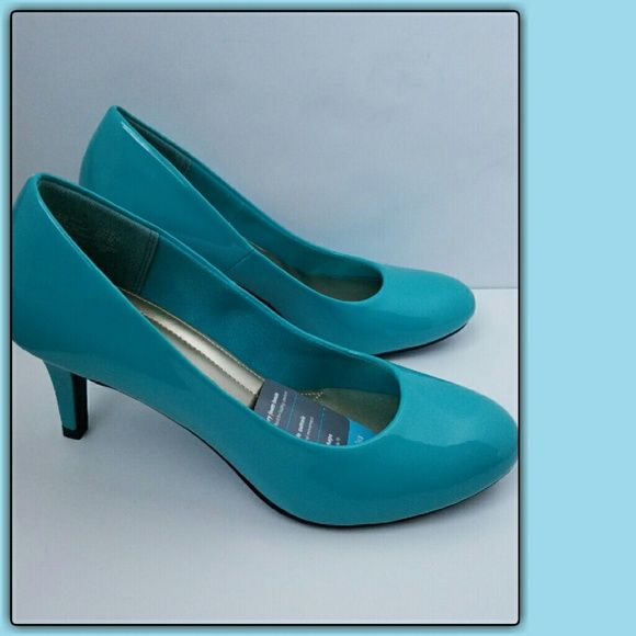 ⏰ LAST DAY ⏰  REG  $35 Turquoise Heels These are perfect if you are looking for a low comfortable heel. Shoes Heels