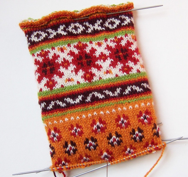 Latvian knit scarf (?) | Be*mused | flickr