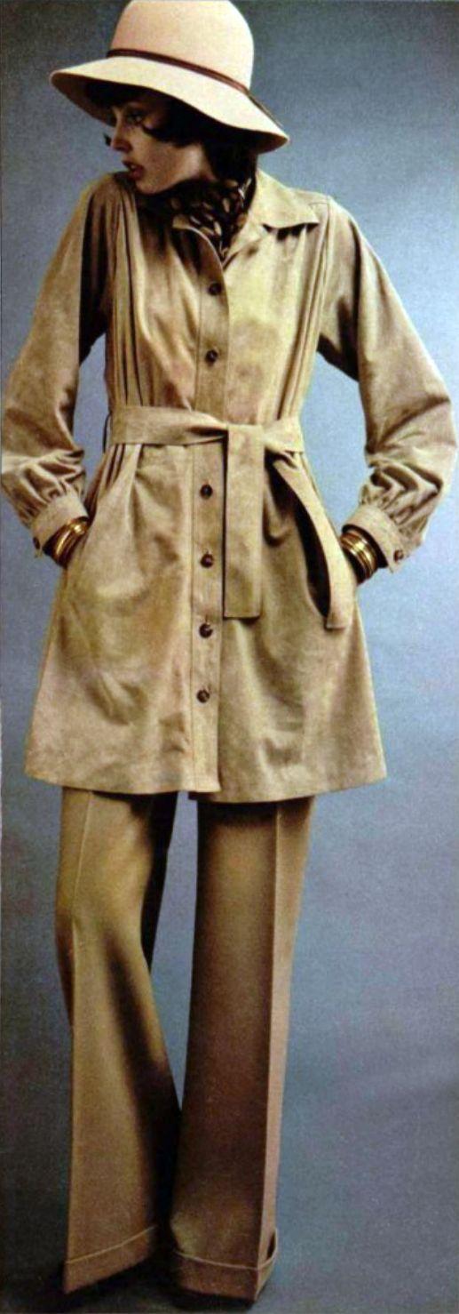 L'Officiel magazine 1973. Yves Saint Laurent