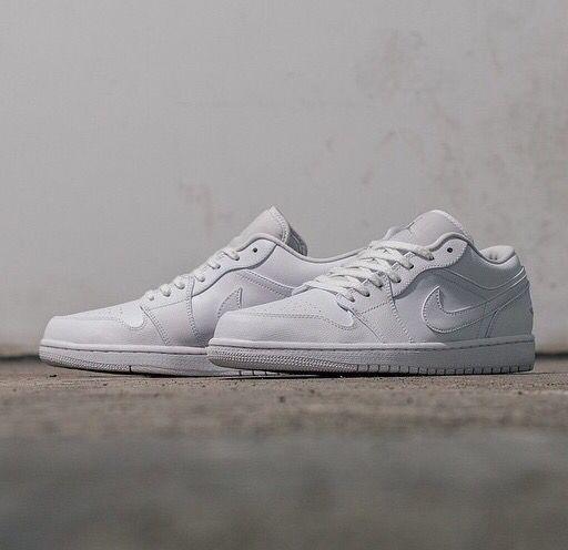 Nike Air Jordan 1 Low: White