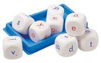 Bokstavstärningar - vi använder dem som spel och spelar i två lag. Bra övning för att se hur många ord man kan få ihop. Räkna poäng, prata om bokstäver och ord och lära sig fraser. Sica, ca 245:-