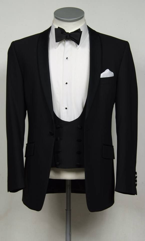 black slim fit dinner suit / tuxedo  www.anthonyformalwear.co.uk