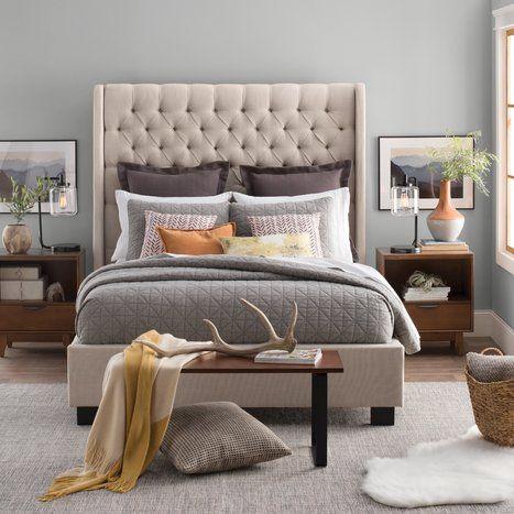 Chambre à coucher de style moderne et contemporain
