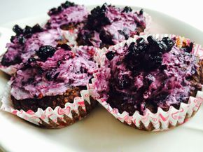 Bade'nin Şekeri                           *                                     Bade's Sugar: Karadut Ganaşlı Çikolatalı Muffinler / Chocolate M...