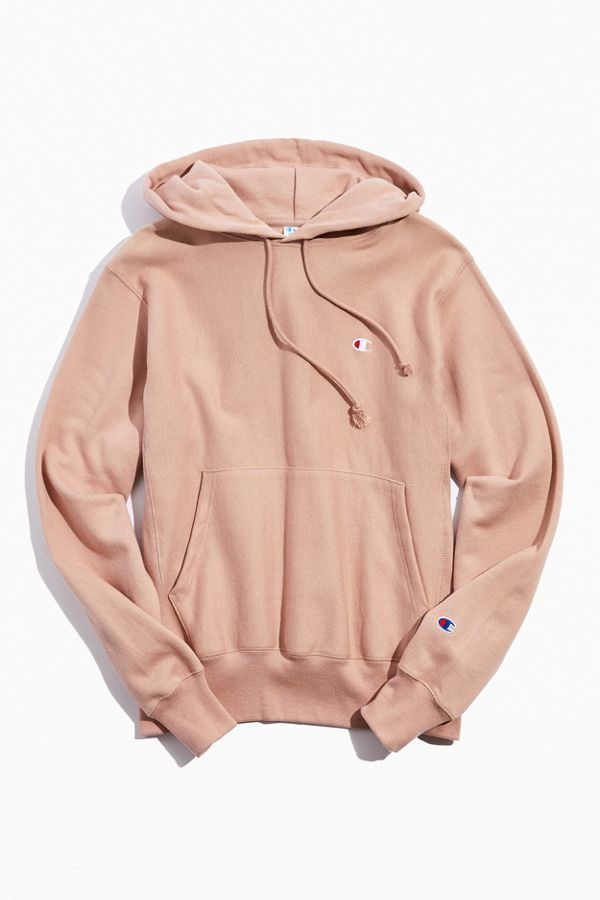Champion Uo Exclusive Reverse Weave Hoodie Sweatshirt In 2020 Trendy Hoodies Sweatshirts Hoodie Champion Clothing