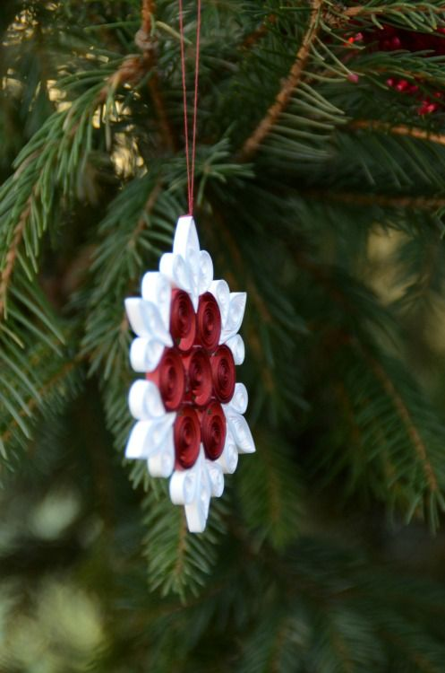 quilling paper ornament