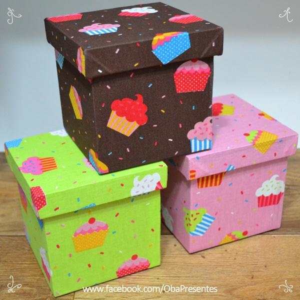 #cupcakes #caixa revestida #tecido cupcakes www.obapresentes.com.br