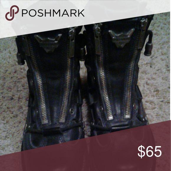 Harley Davidson boots. Women's Harley Davidson boots. Like new. Hardly worn. Harley-Davidson Shoes Combat & Moto Boots