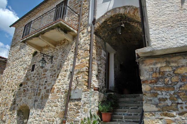 Seborga (IM), Porta del Sole
