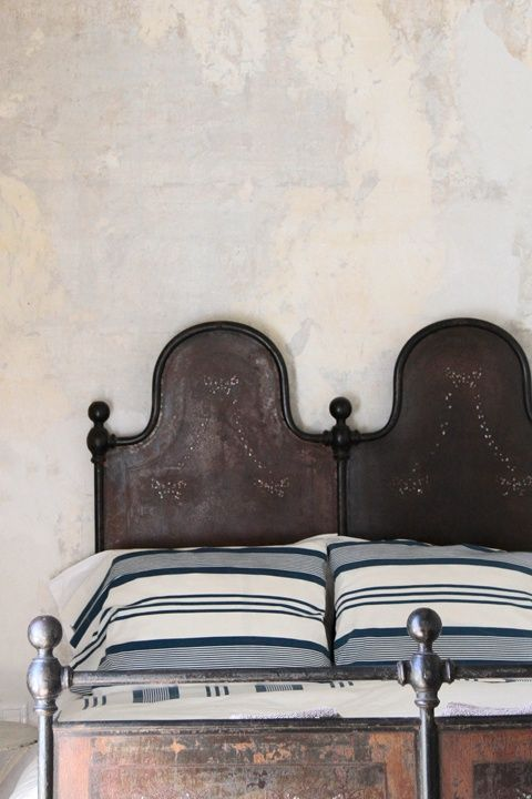 Oh how I love an antique bed frame