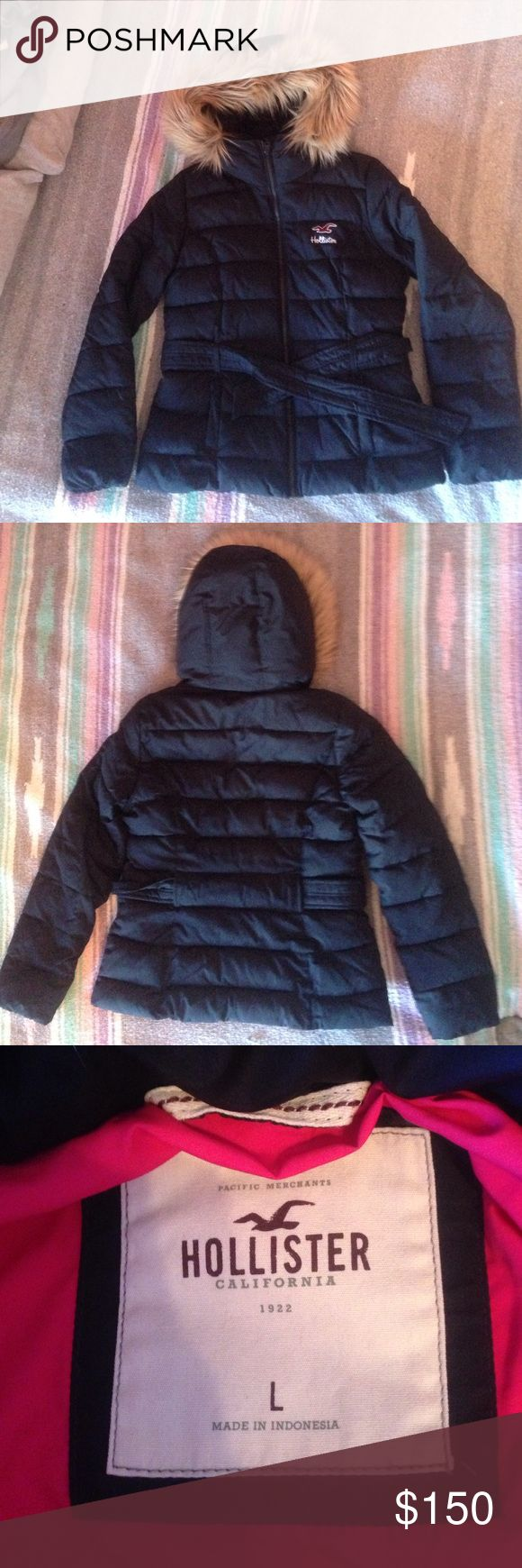 Navy blue Hollister coat size L w/ pink inside Lightly worn Womens hollister coat size Large. Removable fur. Feel free to make an offer. Hollister Jackets & Coats Puffers