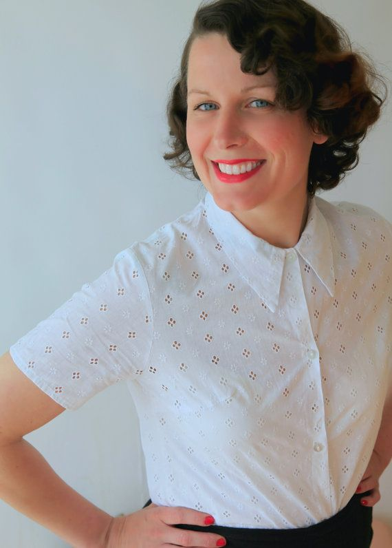 Lovely 50s White Broderie Anglaise Pin Up Shirt