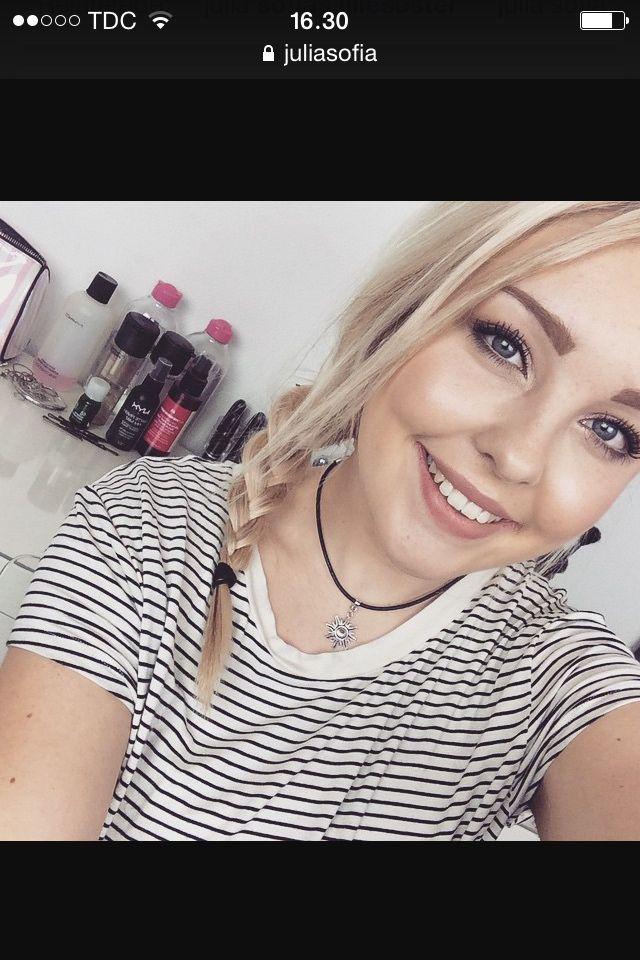 Følg julia sofia på youtube