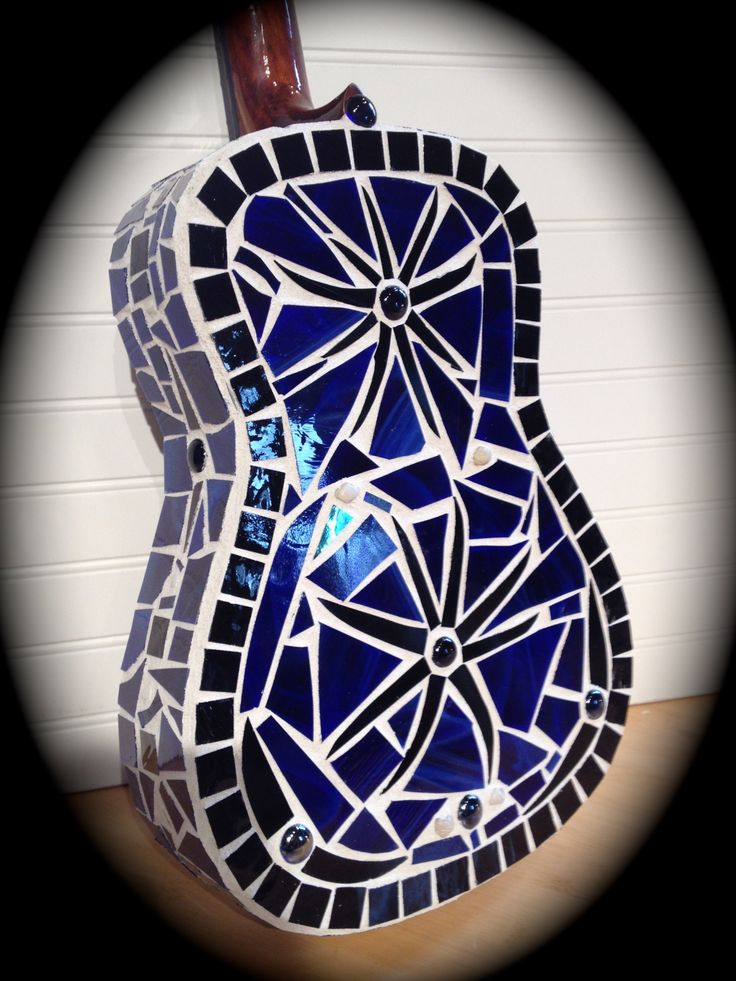 Mosaic guitar by Andrea Ziebarth