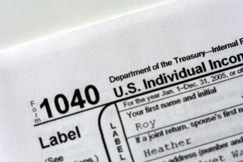 FREE Tax Filing Assistance for Service members. The IRS has extended the tax deadline for your 2011 Federal taxes to April 17th, 2012. Even with the Federal extension however, the deadline is fast approaching. If you have yet to file your taxes with the IRS please see our list of resources, many of which are free.