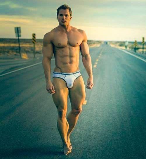 Sexy muscle guysimage VISIT & FOLLOW FOR RED BEAUTY http://egerr8.tumblr.com/ http://www.pinterest.com/egerr8