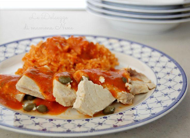PESCE SPADA E RISOTTO AL POMODORO ricetta light. Cottura a Varoma utilizzando il Bimby. Ricetta facile, golosa e veloce da preparare.