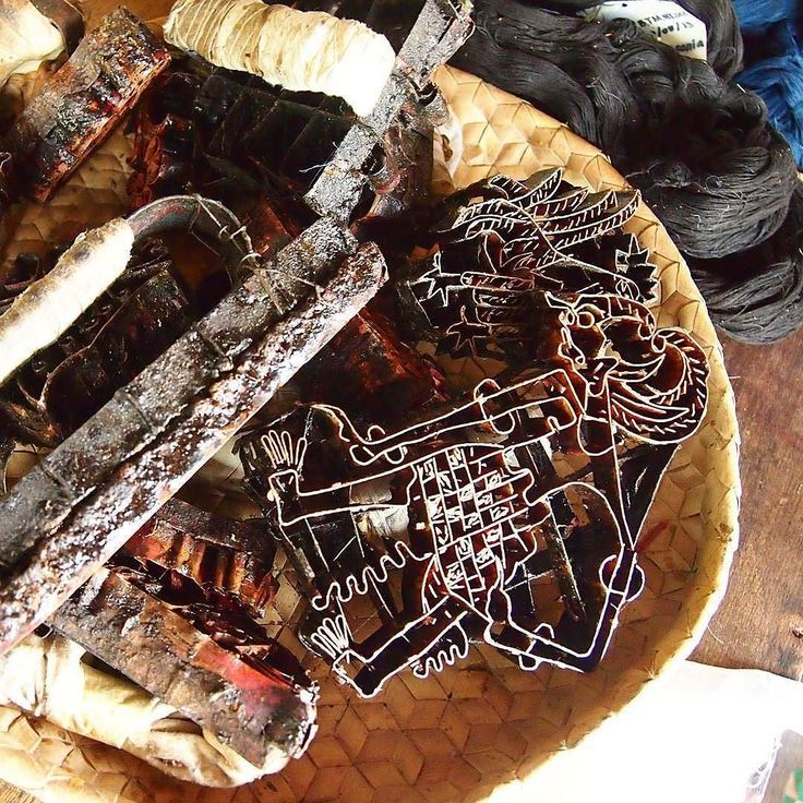 Batik stamps at our dye studio. Photo by @textilliebe.bali  Stamps used in Batik Cap #balinese #traditional #textiles #batik #dyeing #waxing #natural #colours #fairtrade #eco #slow #sustainable #ethical #cloth #fashion #threadsoflife #bali #dyegarden #indigo #morinda #explorebali #nachhaltige #mode #baligoesgermany