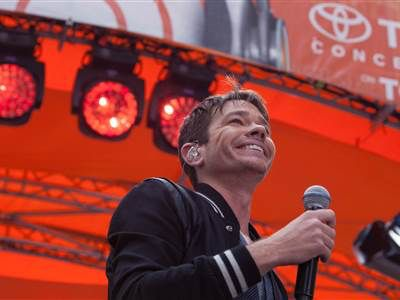 Fun! Nate Ruess hits the TODAY Plaza for summer concert series