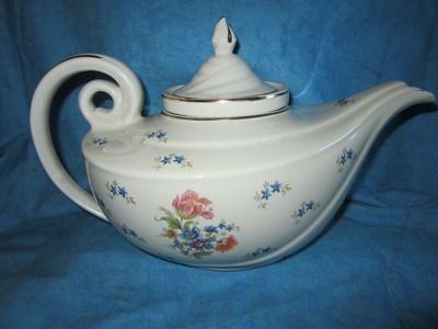Hall Flower Genie Aladdin Teapot with Infuser: Flowers Genie, Hall Flowers