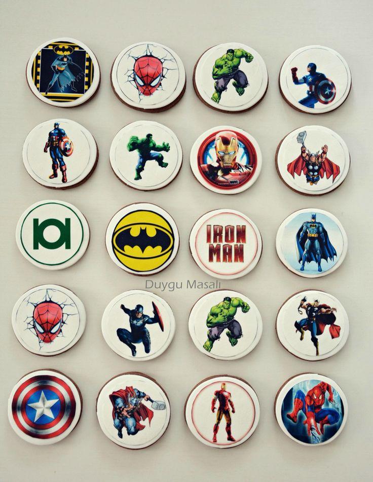 Süper kahraman kurabiyeleri :) duygumasali.com ''Batman, Spiderman, Thor, Captain Amerika, Iron Man, Hulk''