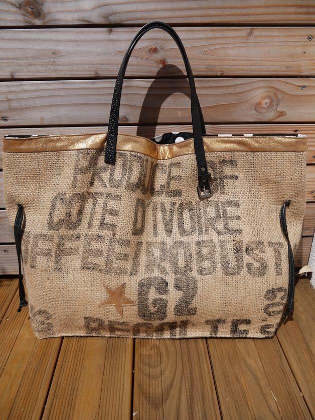 Cabas, Sac de plage cabas en toile de sac à café recyclé est une création orginale de rougermes sur DaWanda