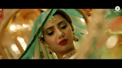 Mahira khan HD image, Hot Image, Sexy Image, Beautifull Mahirakhan udi udi jaye from movie RAEES for more: http://www.download-free-songs.com/