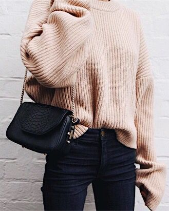 blush pink sweater and jeans. plus that bag is adorable.