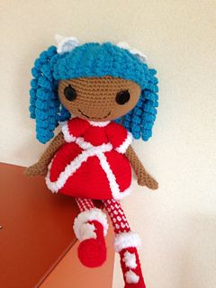 This is the second Lala inspired doll I've crocheted.