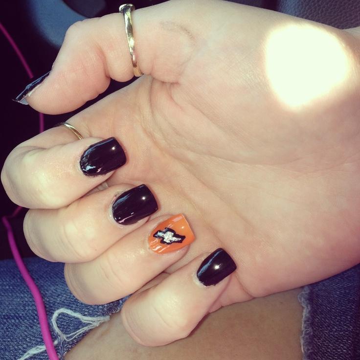 Chevy i love my nails