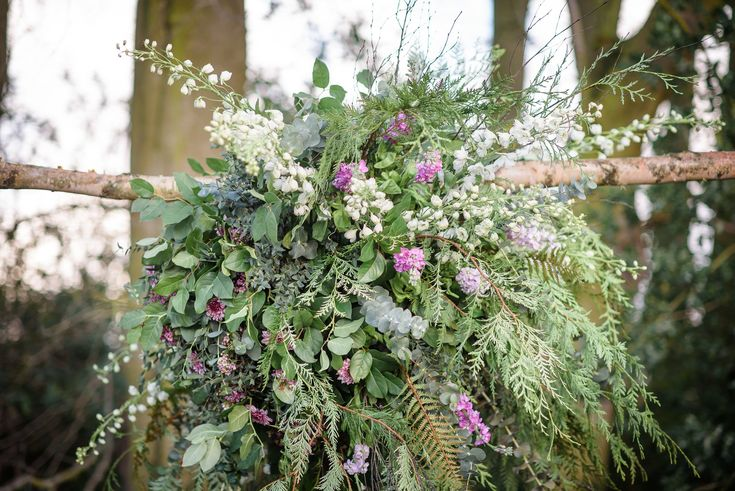 Are you a bride who absolutely loves her flowers? How about having huge flower balls hanging from your venue to give added 'wow'!   @lilac_and_lace_floral_design @flowerstory13 and @stunning.flowers   @riamishaal