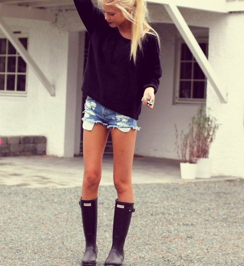 4 Cute Rain Boots Outfit Ideas - Glam Bistro