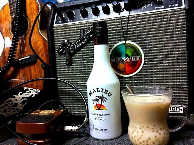 マリブ&タピオカ・ココナッツ・ミルク  常夏男でスイーツ中毒の自分にとって…これ以上の幸せは無い〜素敵なオリジナル・カクテル  マリブ抜きならお子様もOKだよ〜 - 57件のもぐもぐ - マリブ&タピオカ・ココナッツ・ミルク by manilalaki