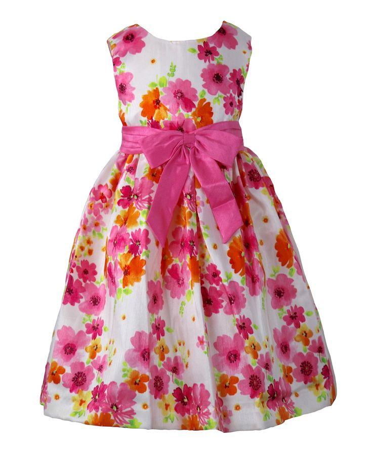 Traumkleid! Gefunden auf Dreamdress.at! #mädchen, #Mädchenkleid, #mädchenmode, #blumenkleid, #blumenmädchen, #traumkleid, #petticoat