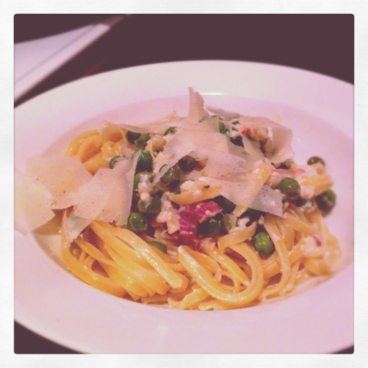 http://moveablechef.blogspot.com.au/2012/04/recipe-alert-crab-pasta-with-chili-and.html a new recipe