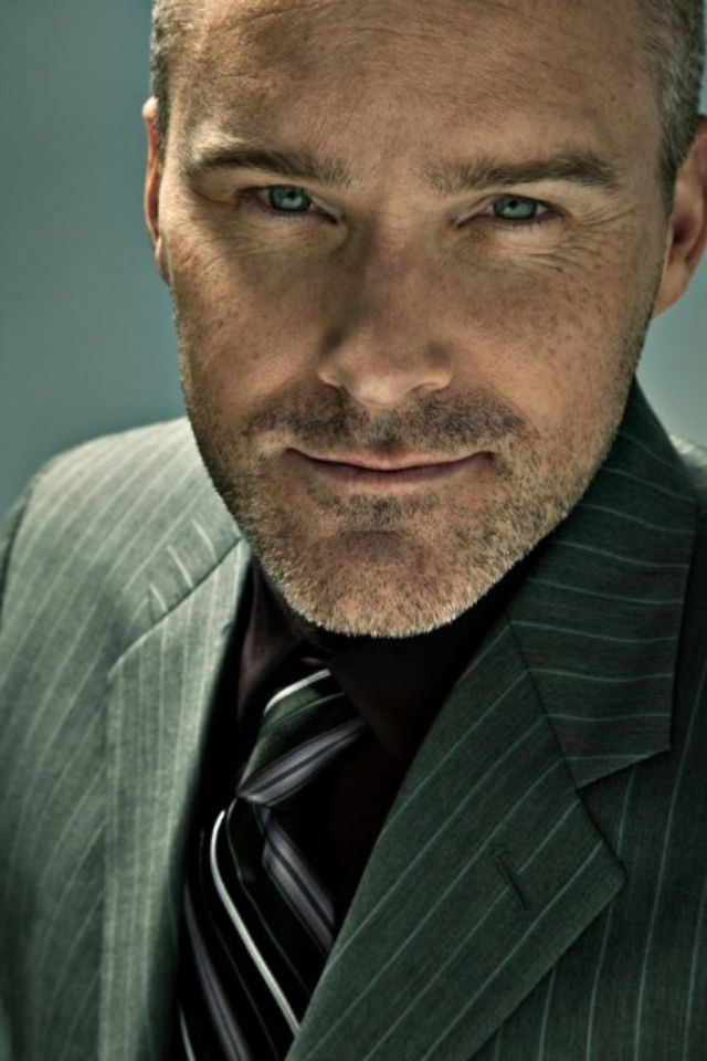 Roger Craig Smith aka dreeeeeeeam boat.