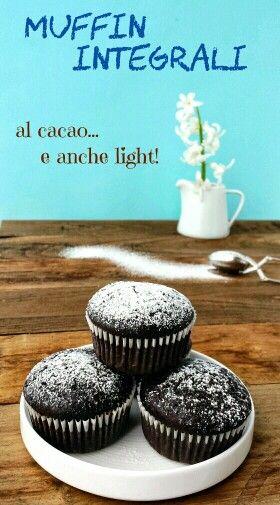 Muffins integrali al cacao  Light! Si ancora...d'altronde siamo in primavera... ^___^ Ma anche se sono leggerissimi sono comunque cioccolatosi, vi va di provarli? Ecco il link diretto al blog della Mucca  http://lamuccasbronza.blogspot.it/2014/03/muffin-light-con-farina-integrale-al.html?m=1