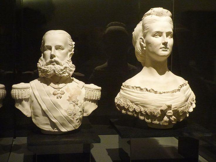 Busto en yeso de Maximiliano y Carlota de Habsburgo