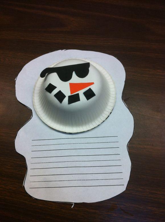 Cause and effect- What a cute way to write a story about a snowman using cause and effect, problem and solution, conflict, or even a poem...How cute would this display be outside of the classroom?