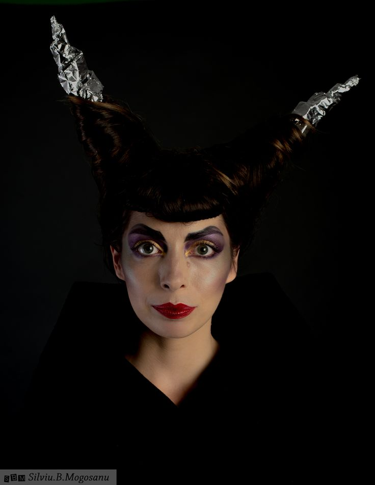 Maleficent inspired make-up  Photo: Silviu.B.Mogosanu Make-up & Hair: Irina Cajvaneanu Make-up Model: Sorana  #makeup #halloween #maleficent #disney #crazyhair