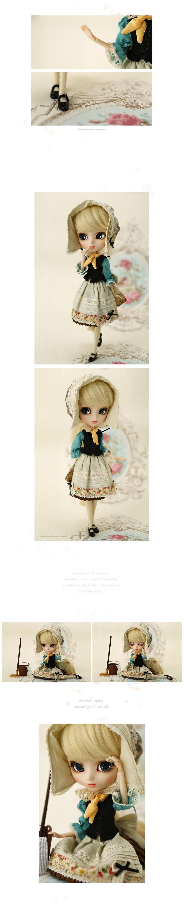 Dahlia Cinderella doll