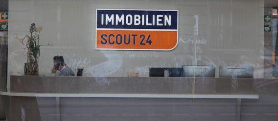 ImmobilienScout24 verliert ein Zehntel seiner Kernmakler., wir sind auch weg, dann gibt's wenig ANGEBOTE bei Immobilienscout24!., http://www.immobilien-zeitung.de/1000035441/immobilienscout24-verliert-zehntel-kernmakler/