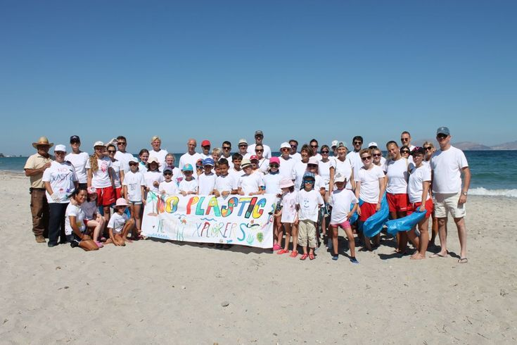 Neptune Hotels on Kos Holds Big Holiday Beach Cleanup