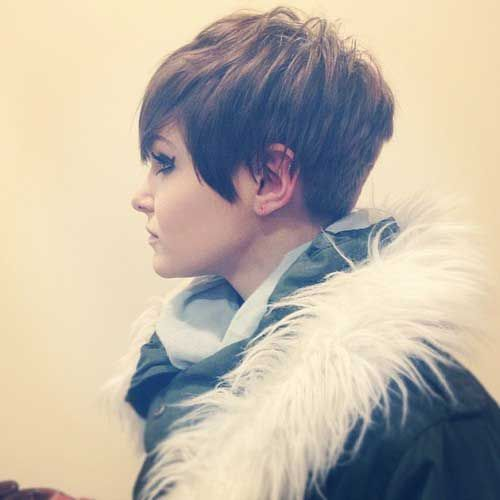Pixie cut with long side bangs: Pixie Haircuts, Long Bangs, Shorts Haircuts, Girls Hairstyles, Shorts Hair Style, Shorthair, Thick Hair, Pixie Cut, Shorts Hairstyles