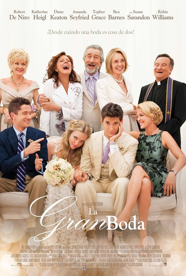 Una comedia romántica llena de tópicos pero con grandes momentos, diálogos que funcionan y situaciones divertidas llenas de equívocos y sorpresas. Para ver en familia. #bodas #peliculas