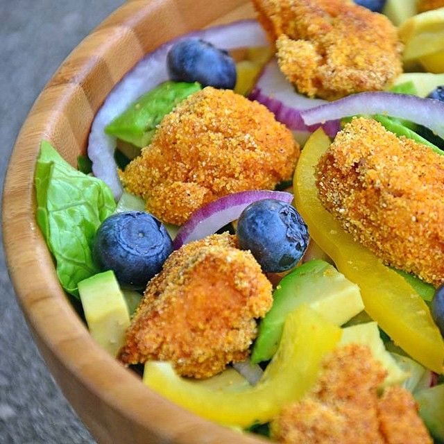 Salad with healthy fish nuggets