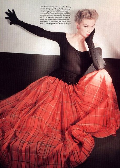 Lisa Fonssagrives in an evening dress by Leslie Morris designed for Bergdorf Goodman, 1950